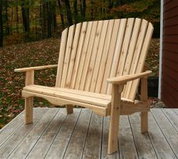 High Peaks Loveseat 44 seat: Raised to be easier in and out